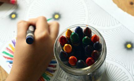 Craft Kids at School